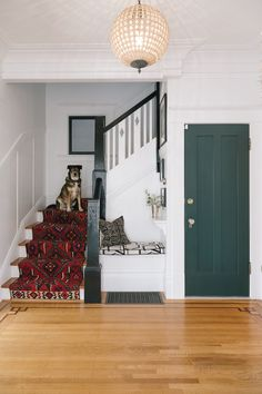 A San Francisco Jewelry Designer's Eclectic Home – Runner Rugs Entryway Eclectic Design, Interior Design, Interior Architecture, Living Area, Living Room Decor, Richmond Homes, San Francisco Houses, Carpet Stairs, Hallway Decorating