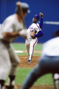 Doc Gooden New York Mets...one of the best pitchers of the 1980's...