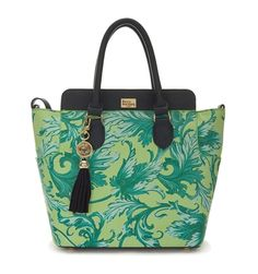 Maggie baroque lime and navy vía Paul's Boutique #trends #bags #fashion #accessories