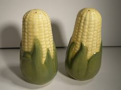 Vintage Shawnee  KING CORN  Salt and Pepper Shakers
