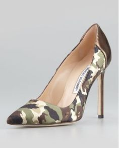 Would You Wear? BB Camo 105mm Specchio-Heel Pump by Manolo Blahnik http://fancy.to/5agy4a #fancy #footwork #hyperfeet #fashion #camo #armywife #fashion #heels #manolo