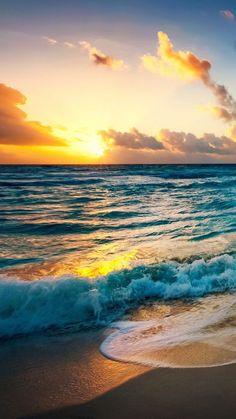 HD lock screen - the beach at sunset iPhone 6 Wallpaper - Hintergrundbilder Beach Phone Wallpaper, Beach Sunset Wallpaper, Sunset Beach, Sunset Iphone Wallpaper, Wallpaper Awesome, Waves Wallpaper, Purple Sunset, Ocean Wallpaper, Summer Wallpaper