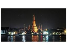 Wat Arun at night seen from the Hotel Inn a Day.