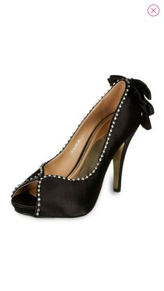 Sapato preto de cetim