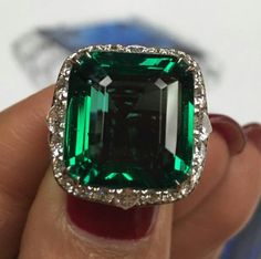 That clean green! Every #bayco gemstone is carefully examined before being selected, only the finest quality gemstones are chosen for #bayco fine jewelry. #baycojewels