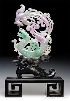 Lavender and green jadeite carving Jade Dragon, Antique Jade, China Art, Jade Jewelry, Ancient China, Rocks And Gems, Chinese Culture, Fantastic Art, Japanese Art
