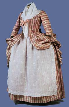 Robe à la francaise retroussée, c. 1770's. Pink, green and cream silk plaid.