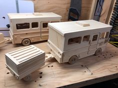 Winnebago Motor Home Wooden Projects, Diy Projects, Toys For Boys, Kids Toys, Wood Gifts, Wood Toys, Motorhome, Recreational Vehicles, Woodworking