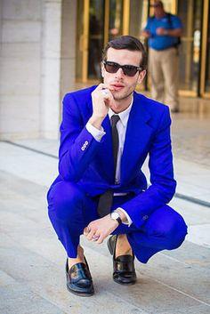 I want a cobalt blue suit.