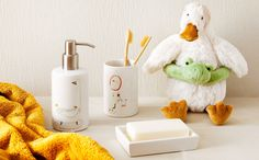 ZARA HOME Zara Home España, Bathroom Sets, Soap Dispenser, Kids, Interior, Soap Dispenser Pump, Young Children, Boys, Indoor