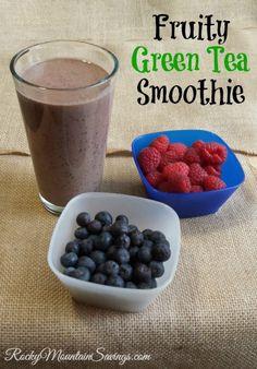 Fruity Green Tea Smoothie #greentea #drinks #recipes http://www.rockymountainsavings.com