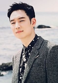 Lee Je Hoon for High Cut Magazine Lee Je Hoon, High Cut, Man Crush, My Man, Korean Actors, Dramas, Asian, Actresses, Magazine