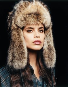 Sara Sampaio - Russian Hat