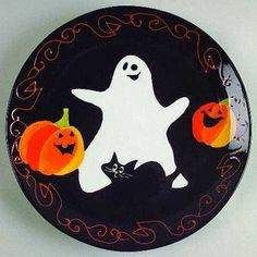 Certified Int Corp Midnight Halloween at Replacements, Ltd Hand Painted Pottery, Hand Painted Canvas, Pottery Painting, Ceramic Painting, Painted Ceramics, Painted Plates, Cute Halloween, Halloween Crafts, Holiday Crafts
