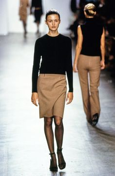 Calvin Klein Collection Fall 1999 Ready-to-Wear Fashion Show