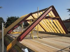 9 new houses in Surrey Metal Building Homes, Building Design, Building A House, Steel Frame House, A Frame House, Green Architecture, Architecture Design, Country Farmhouse Exterior, Loft Flooring