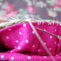 Mini Crochet Basket Tutorial - mrsbrownmakes.blogspot.co.uk