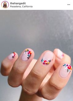 Nail art is one of many ways to boost your style. Try something different for each of your nails will surprise you. You do not have to use acrylic nail designs to have nail art on them. Here are several nail art ideas you need in spring! Cute Nails, Pretty Nails, Pretty Short Nails, Pretty Tough, Hair And Nails, My Nails, Polish Nails, Pin Up Nails, Chanel Nail Polish
