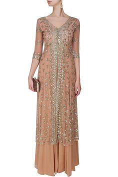 Astha Narang presents Peach and gold sequins and zari floral work jacket and sharara pants set available only at Pernia& Pop Up Shop. Pakistani Bridal Wear, Pakistani Outfits, Indian Outfits, Sharara, Salwar Kameez, Salwar Suits, Net Kurti, Party Wear Frocks, Anarkali Dress