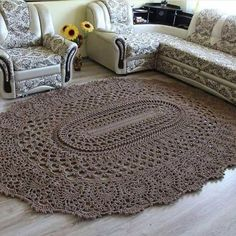 Crochet beautiful and unusual brown rug for home. Free patterns for crochet brown rug Crochet Home Decor, Crochet Crafts, Crochet Doilies, Crochet Flowers, Diy Crafts, Crochet Diagram, Free Crochet, Knit Crochet, Easy Crochet