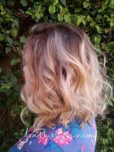 Soft Balayage rooty ombre' long blonde bob (lob). beachy wavy curls. #jenpluscolour