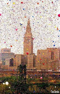 The Cleveland Balloonfest. Over 1.5 million balloons were released simultaneously, 1986.