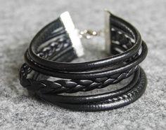 bracelet strap / braids