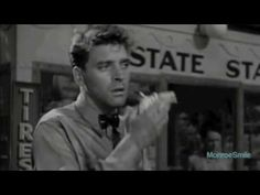 Check out the 20 most handsome actors before Burt Lancaster was such a looker! Golden Age Of Hollywood, Hollywood Actor, Vintage Hollywood, Hollywood Stars, Most Handsome Actors, Handsome Guys, Cinema, Old Movies, Beautiful Men