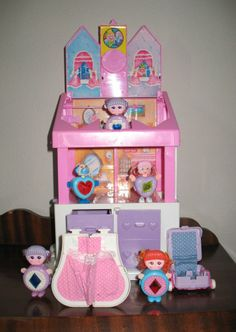 Vintage 80's Sweet Secret  House Jewelry Box  by Galoob with dolls