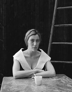 valeria bruni tedeschi by Kate Barry Kate Barry, Hotel France, Peter Beard, Senior Portraits Girl, George Hurrell, Ad Photography, Diane Arbus, Lou Doillon, Alfred Stieglitz