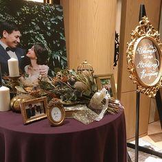 haruさんはInstagramを利用しています:「ウェルカムスペース. . ウェルカムスペースには、大好きな大親友が作ってくれたドライブーケと、絢子さんに撮って頂いた前撮りの写真、ウェルカムミラーなどを置きました🐰🌿. .…」 Space Wedding, Wedding Table, Diy Wedding, Dream Wedding, Wedding Registration Table, Photo Album Display, Wedding Welcome Board, Wedding Centerpieces, Wedding Decorations
