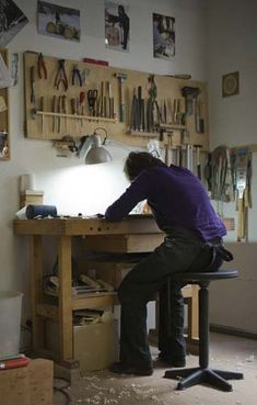 The Luthiers Workshop: August 2012