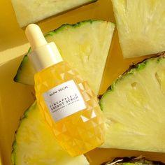 Shop Glow Recipe's Pineapple-C Brightening Serum at Sephora. This potent, lightweight serum brightens and evens tone. Beauty Care, Beauty Skin, Beauty Tips, Beauty Products, Diy Beauty, Beauty Habits, Beauty Ideas, Beauty Secrets, Skin Products