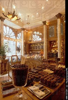 parisian chocolate shop pictures -