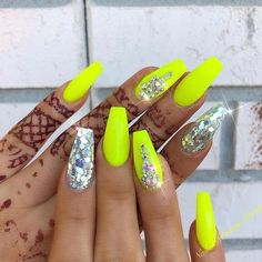 Neon nail art design makes your nails bright and shiny. The energy you can see in neon nails. When you wear neon nails, you can choose yellow. This is an attractive article. Today, we have collected 77 stunning yellow neon nail art designs to beau Neon Yellow Nails, Neon Acrylic Nails, Yellow Nails Design, Neon Nail Art, Yellow Nail Art, Neon Nails, Bright Nails Neon, Bright Nails For Summer, Pink Summer Nails