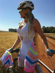 Reasons a Bicycle Is a Perfect Companion for You - Bike riding Road Bike Women, Bicycle Women, Bicycle Girl, Mtb, Female Cyclist, Pedal, Cycling Girls, Cycle Chic, Bike Style