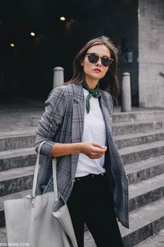 POLIENNE by Paulien Riemis | wearing a VILA check blazer, LEVI'S 501 denim and VANS sneakers