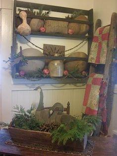 primitive christmas decorations   Primitive Christmas Ideas~ / Wonderful!
