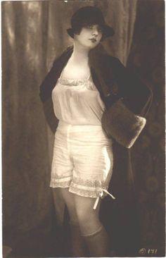 Underneath It All Embroidered Bodycon Dress - Black French Vintage, Vintage Ladies, Retro Fashion, Vintage Fashion, Postcard Printing, Flapper Style, Vintage Lingerie, Fashion Fabric, Old Women