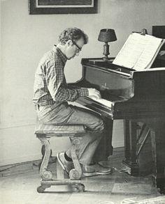 Woody Allen on Piano