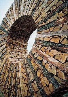 Land art-Urs-Peter Twellmann now there's a wood pile Art Sculpture, Outdoor Sculpture, Outdoor Art, Sculptures, Garden Sculpture, Land Art, Art Et Nature, Wow Art, Environmental Art