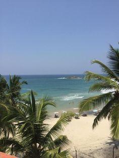 Ayurveda yoga retreat med Yogiji, Kovalam Beach, Kerala, Indien   30. november - 15. december 2017 - Vi har skabt dette retreat, som kombinerer yoga, pranayama, meditation, ayurveda, sol, strand og velsmagende sund mad i selskab med en herlig og inspirerende lærer.   Yoga er en livsstil. En livsstil som retreatleder Yogiji for mange år siden blev forelsk