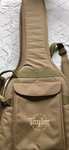 Taylor Guitar Gig Bag Zippered Soft Case Backpack Big Baby 3 4 Mini Acoustic 677e84ebbf102