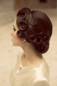 Vintage Curls wedding