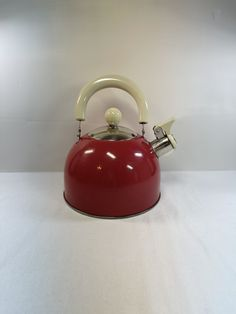 Red Teapot, Red Paint, Vintage Kitchen, Tea Pots, I Shop, Handmade Jewelry, Etsy Shop, Coffee, Kaffee