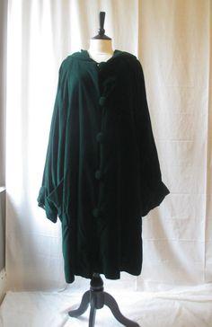 SIXTEEN 47 1647 Amazing Green velvet lagenlook hooded Coat sz 44-48 OSFA ch 84 £58.00