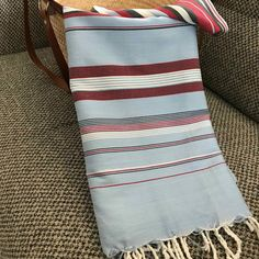 Fouta tunisienne drap de plage - ADGArt Nautical Mile, Weaving Patterns, Fabric Textures, Style Ideas, Blankets, Scarves, Fabrics, Stripes, Tapestry