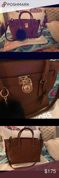 Michael Kors Large Handbag NWOT ❤️ Michael Kors Bags Crossbody Bags