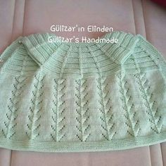 This Pin was discovered by Feybeginning baby knitting techniques Diy Crafts Knitting, Knitting For Kids, Crochet For Kids, Free Knitting, Knit Crochet, Crochet Hats, Baby Cardigan Knitting Pattern, Baby Knitting Patterns, Baby Patterns