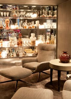 Lights in the right place. #interior #design #style #decor #details #light #decor #modern #mostrablack #casadevalentina